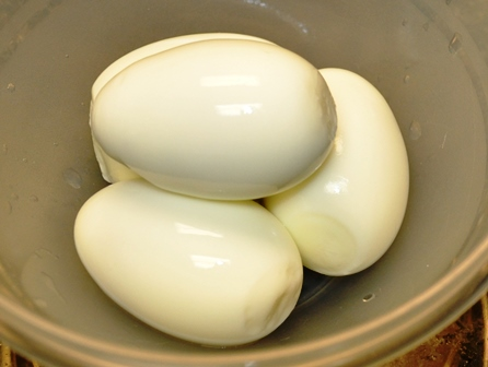 Steaming Eggs Peeled
